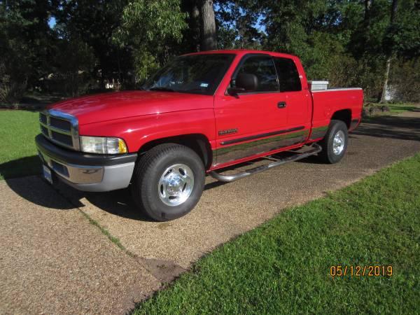 Dodge Ram 2500 SLT Diesel, 6 speed Manual transmission (Jefferson TX